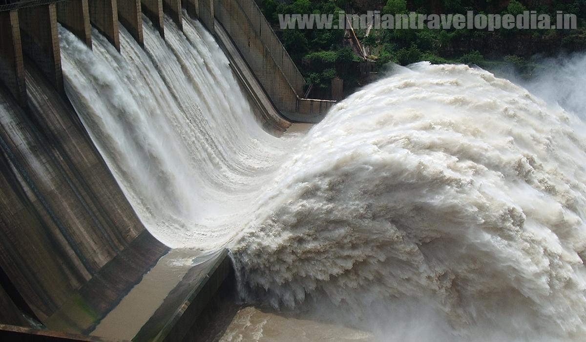 Top Ten tourist places in Andhra Pradesh_srisailam dam